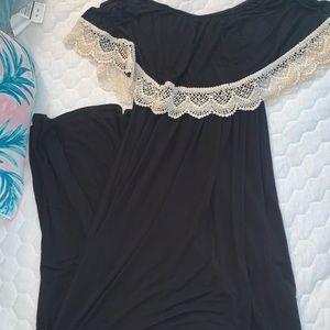 Dresses & Skirts - Boutique off the shoulder maxi dress